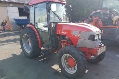 McCormick V70 traktor 2002 2 (1)