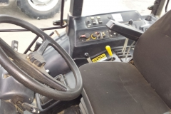 MTZ-1523.4-traktor-2013-36