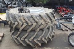 MTZ-1523.4-traktor-2013-69