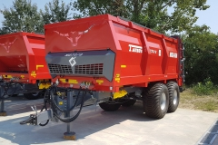 Metal-Fach N2722 szervestrágyaszóró piros 2018 1