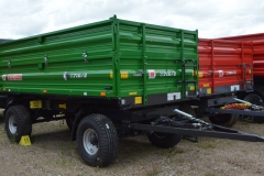MF farming-trailer_T710-2_1