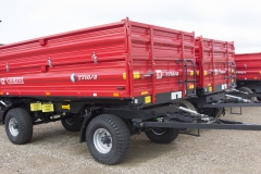 MF farming-trailer_T710-2_2