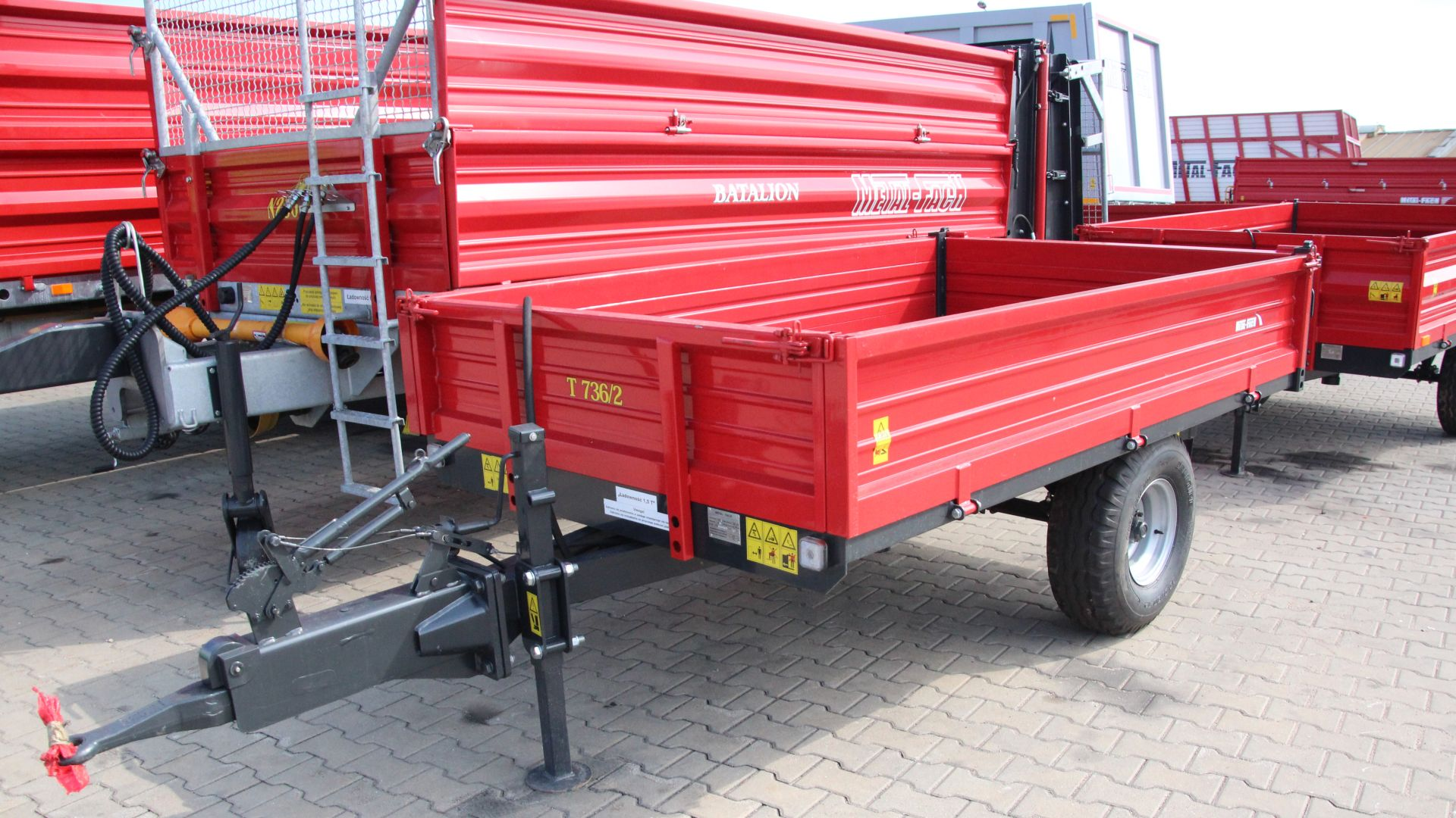 trailer_T736_front